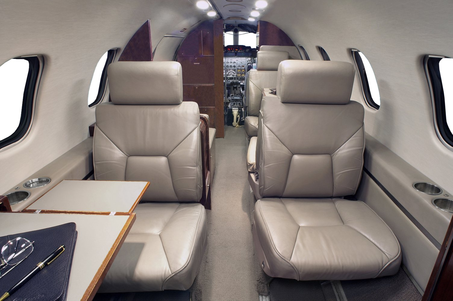 Light Jets- Jet Costs From $2,100 To $2,700 Hourly